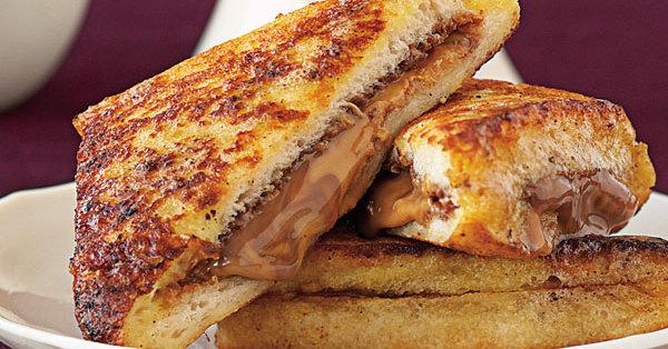 Gefüllte Schoko-Sandwiches
