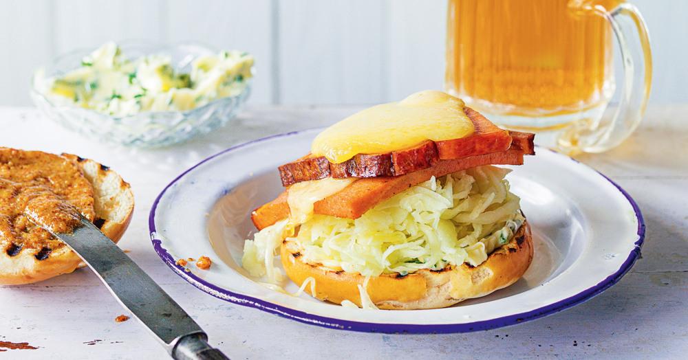 Bavaria-Burger mit Leberkäse