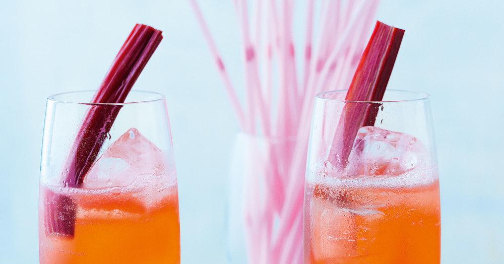 rhubarb mint cooler rezept k cheng tter. Black Bedroom Furniture Sets. Home Design Ideas