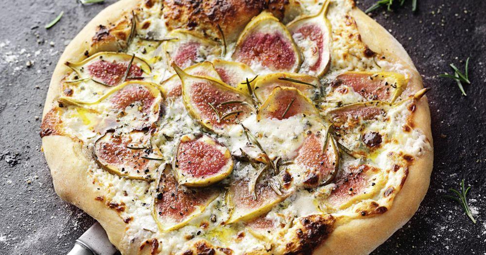 pizza gorgonzola feige rezept k cheng tter. Black Bedroom Furniture Sets. Home Design Ideas