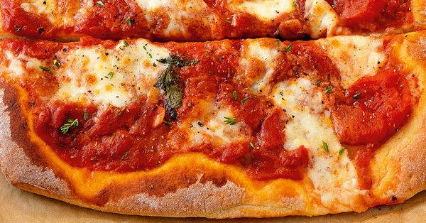 basic pizza margherita rezept k cheng tter. Black Bedroom Furniture Sets. Home Design Ideas