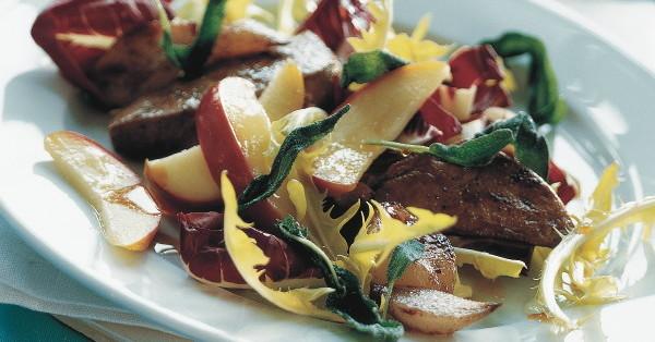 l wenzahn radicchio salat mit pfeln und kalbsleber rezept k cheng tter. Black Bedroom Furniture Sets. Home Design Ideas