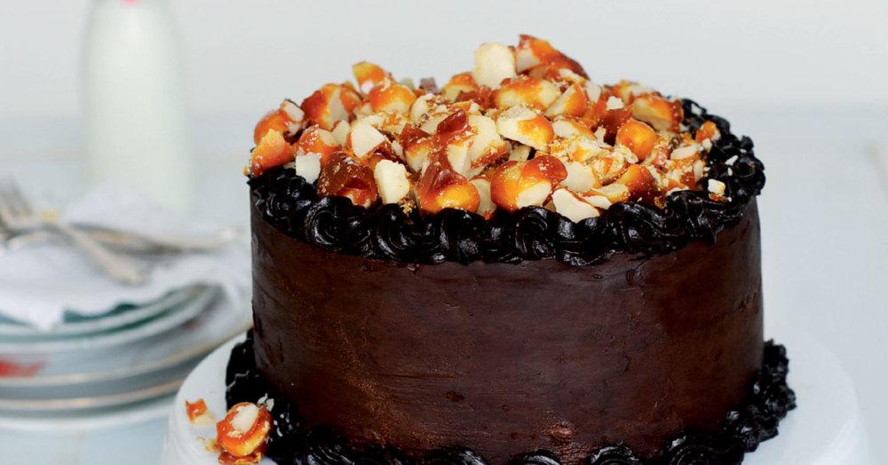 Macadamia-Schokoladen-Torte mit Salzkaramell
