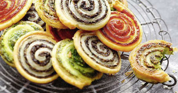 Kräuter-Teigschnecken mit Parmesan
