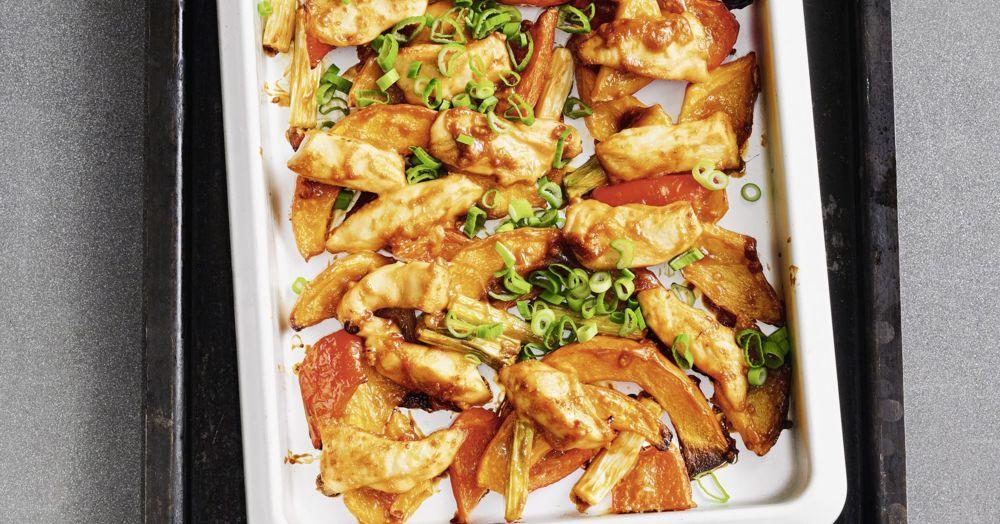 Chili-Erdnuss-Hähnchen vom Blech