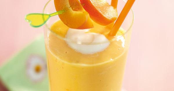 Cremiger Aprikosen-Smoothie