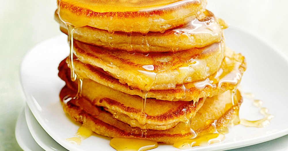 buttermilch pancakes mit banane rezept k cheng tter. Black Bedroom Furniture Sets. Home Design Ideas