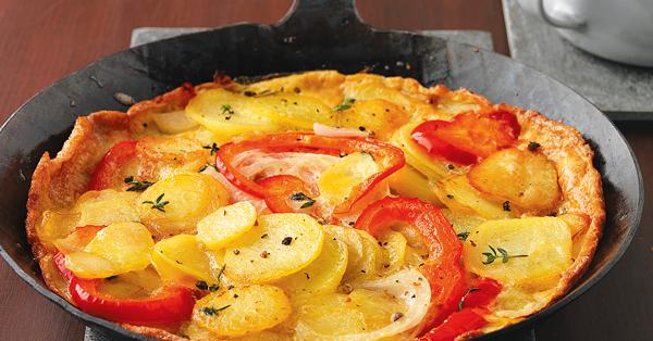 Kartoffelomelett mit Kräuterjoghurt