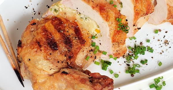 Gefüllte Hähnchenbrust für den Grill