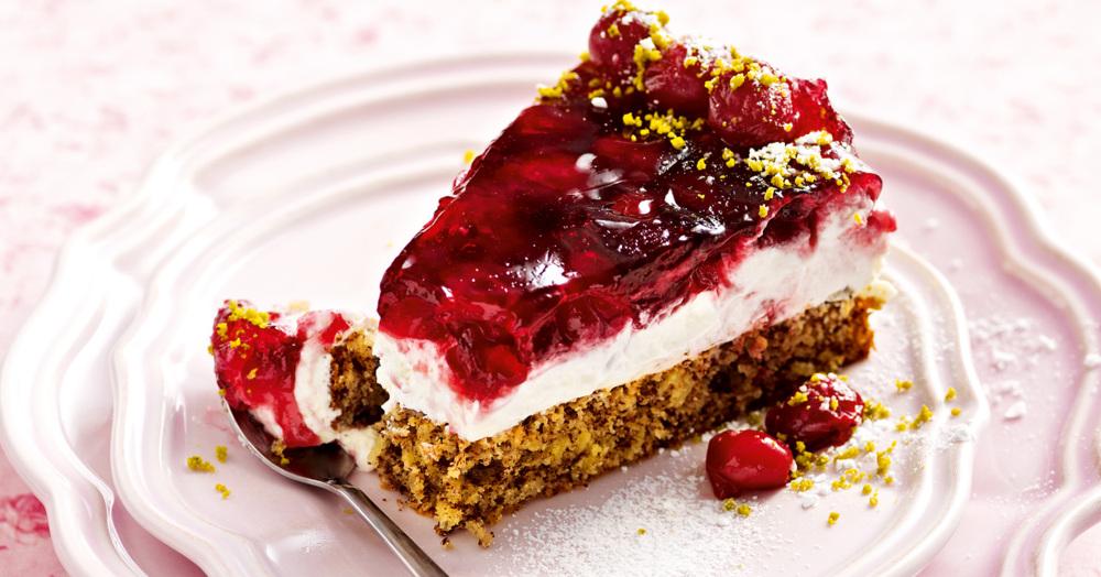 Sauerkirsch-Pistazien-Torte