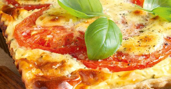 raclette quiche mit tomaten rezept k cheng tter. Black Bedroom Furniture Sets. Home Design Ideas