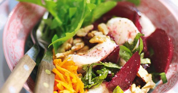 rote bete salat mit mozzarella und waln ssen rezept k cheng tter. Black Bedroom Furniture Sets. Home Design Ideas