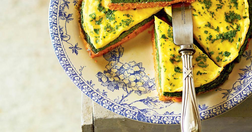 Dreischichtige Omelett-Torte