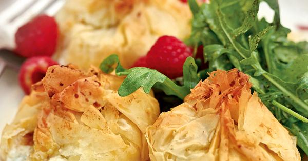 Ziegenkäse-Beutelchen mit Rucola