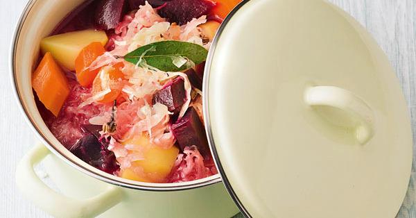veggie borschtsch rezept k cheng tter. Black Bedroom Furniture Sets. Home Design Ideas