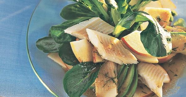 apfel avocado salat mit forelle rezept k cheng tter. Black Bedroom Furniture Sets. Home Design Ideas
