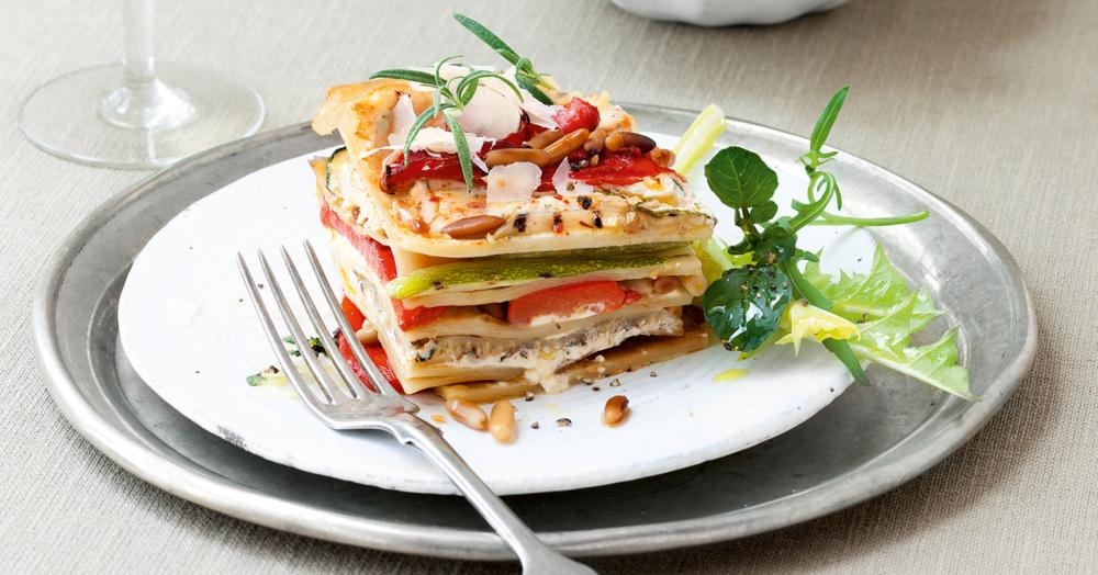 lasagne mit ger steter paprika zucchini und ricotta rezept k cheng tter. Black Bedroom Furniture Sets. Home Design Ideas