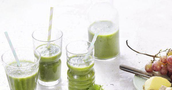green detox smoothie mit brennnesseln rezept k cheng tter. Black Bedroom Furniture Sets. Home Design Ideas