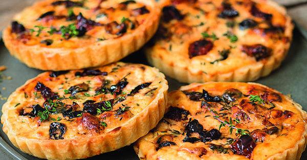 Oliven-Ricotta-Tarteletts