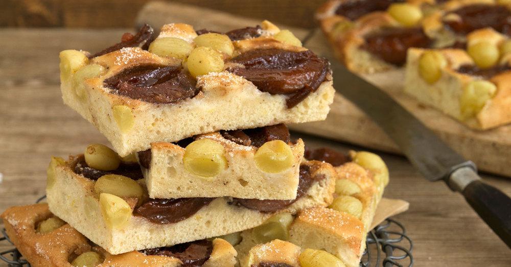 Veganer Blechkuchen Mit Zwetschgen Und Trauben Rezept Kuchengotter