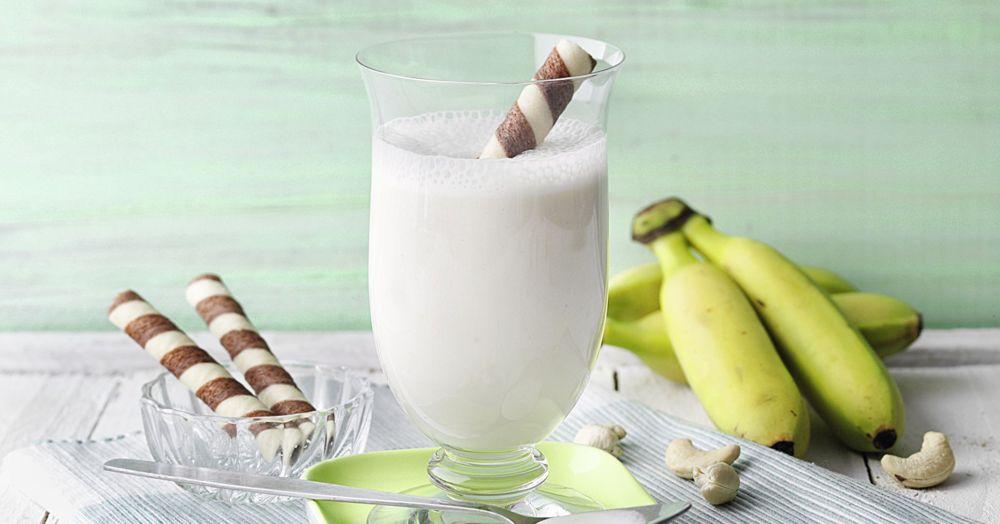 Honig-Cashew-Milch