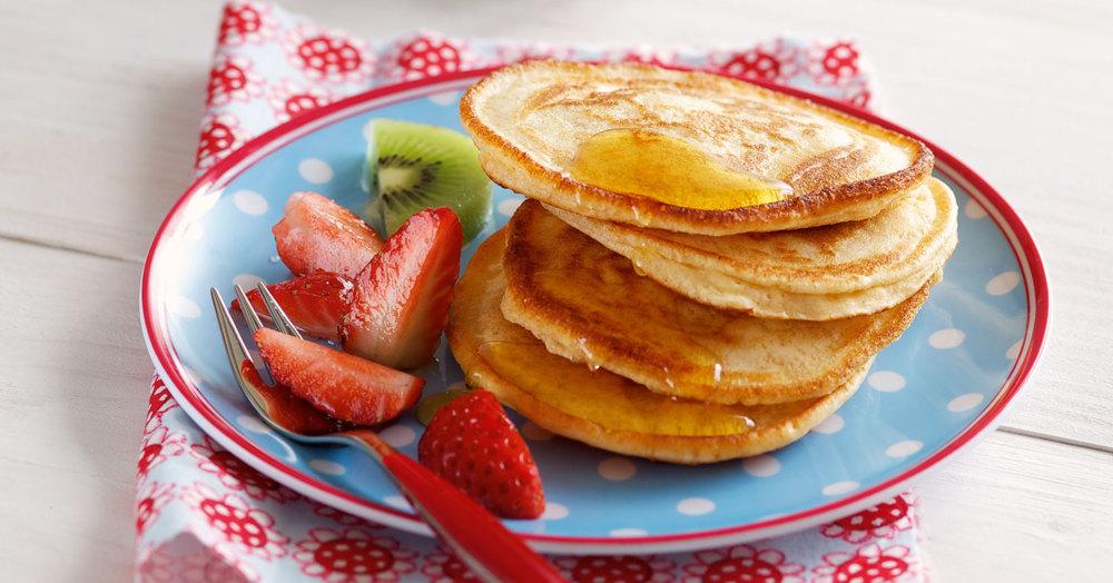 Pancakes mit Erdbeersalat