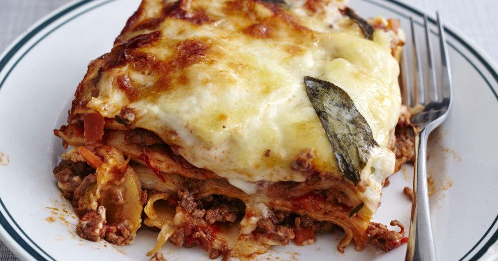 Klassische Bolognese-Lasagne