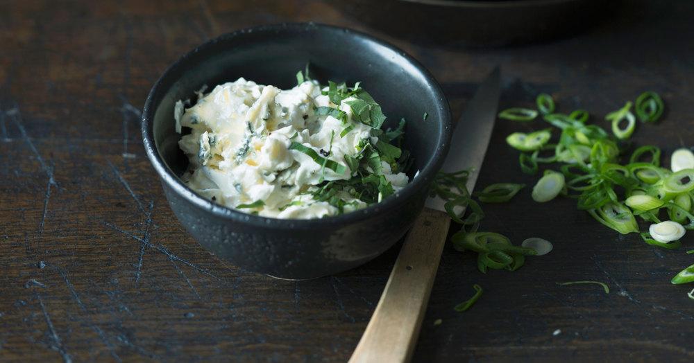 Quark-Gorgonzola-Zwiebel-Aufstrich
