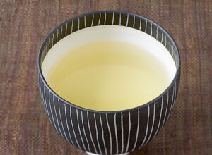 zitronengras ingwer butter rezept k cheng tter. Black Bedroom Furniture Sets. Home Design Ideas