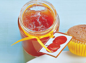 johannisbeer tomaten marmelade rezept k cheng tter. Black Bedroom Furniture Sets. Home Design Ideas