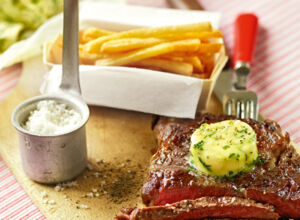 Steak mit Pommes frites