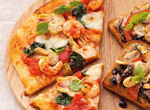 pizza mit pilzen und buntem gem se rezept k cheng tter. Black Bedroom Furniture Sets. Home Design Ideas
