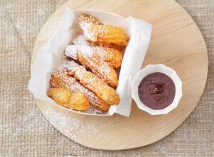churros mit zartbitter schokolade rezept k cheng tter. Black Bedroom Furniture Sets. Home Design Ideas