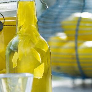 limoncello ‒ italienischer zitronenlikör rezept küchengötter