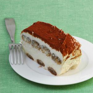 tiramisu rezepte f r den italienischen dessert klassiker k cheng tter. Black Bedroom Furniture Sets. Home Design Ideas