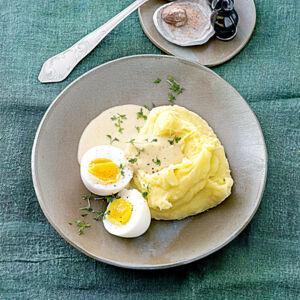 rezept f r eier in senfsauce mit kartoffelp ree k cheng tter. Black Bedroom Furniture Sets. Home Design Ideas