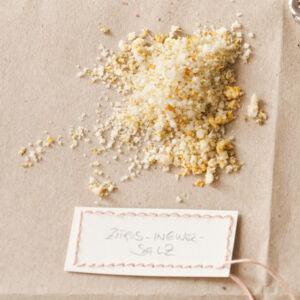 zitrus ingwer salz ergibt etwa 60 g f r fisch und meeresfr chte rezept k cheng tter. Black Bedroom Furniture Sets. Home Design Ideas