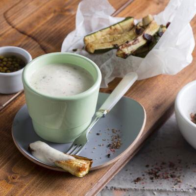 fondue leckere rezepte f r fondue saucen beilagen k cheng tter. Black Bedroom Furniture Sets. Home Design Ideas