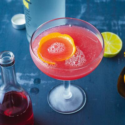 die besten rezepte f r cocktails mit alkohol k cheng tter. Black Bedroom Furniture Sets. Home Design Ideas