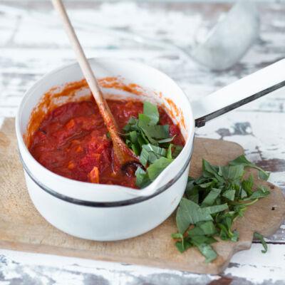 Die besten Rezepte für Saucen & Dips | Küchengötter
