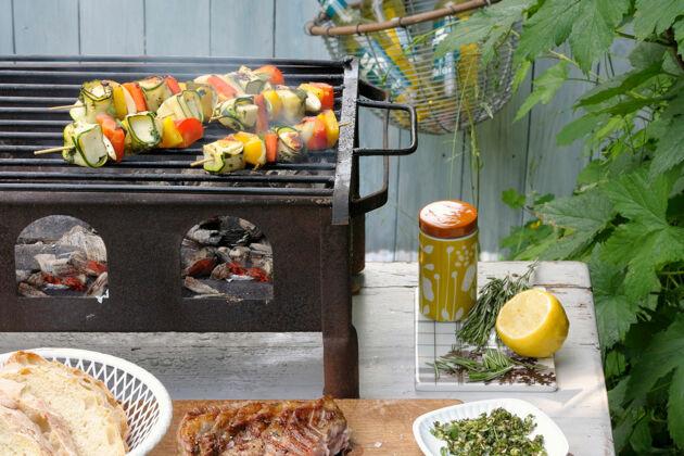 Profi Elektrogrill Test : Grills im test vor und nachteile der grilltypen küchengötter