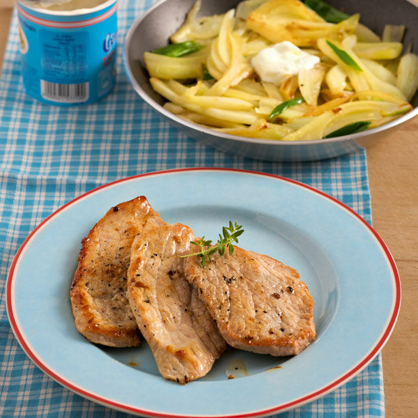 Schweineschnitzel mit Fenchelgemüse Rezept | Küchengötter