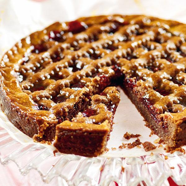 Linzer torte mit mandeln