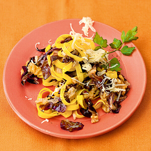 Radicchio-Tagliatelle Rezept | Küchengötter