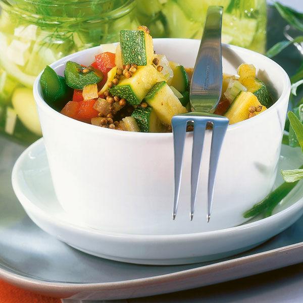zucchini im senfsud rezept k cheng tter. Black Bedroom Furniture Sets. Home Design Ideas