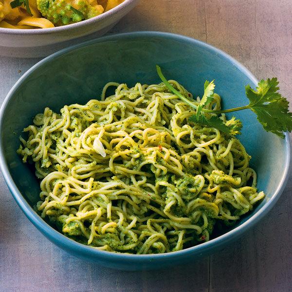 Mie Nudeln Mit Koriander Pesto Rezept Küchengötter