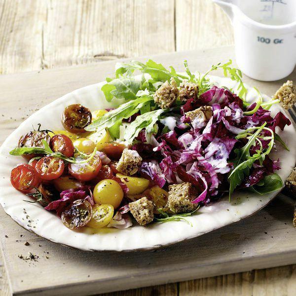 Tomatensalat mit Gorgonzolacreme Rezept   Küchengötter