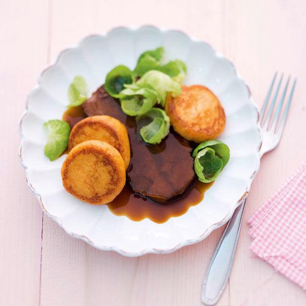 Rinderbraten Mit Kurbis Kartoffel Platzchen Rezept Kuchengotter