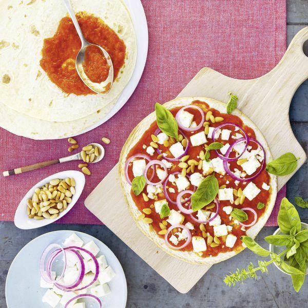 Schnelle Feta Ajvar Pizza Rezept Küchengötter