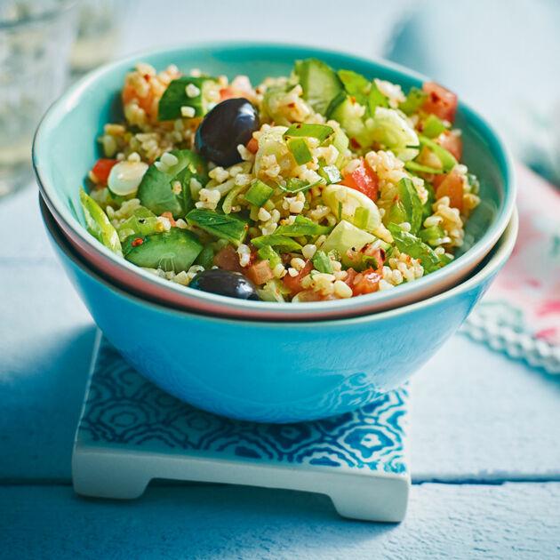 Gurkensalat mit Bulgur Rezept | Küchengötter